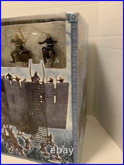 LOTR Battle At Helms Deep Armies Of Middle Earth Play set Play Along