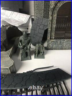 LOTR Helm's Deep Castle with instructions Armies of Middle Earth Lord of the Rings