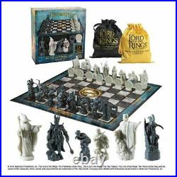 Lord of The Rings Chess Set Battle For Middle Earth Noble Collection Chess 3post