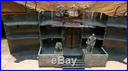 Lord of the Rings Armies of Middle Earth Battle at Helm's Deep. Complete. Boxed