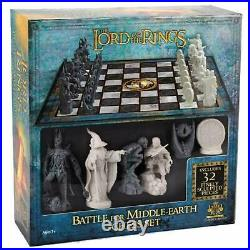 Lord of the Rings Chess Set Battle for Middle Earth by The Noble Collection