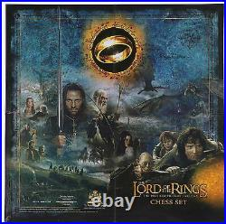 The Lord Of The Rings Motion Picture Trilogy Battle Middle-earth Chess Set YB